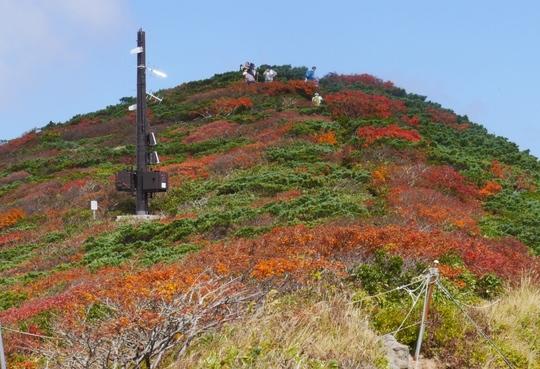 20170926131154 山頂方向火山観測 w800 P1130432.jpg