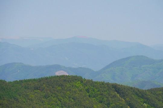 201805211130 徳仙状から見た今出山 w1024 P1260300.jpg